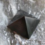 SCHUNGIT pyramid 3x3