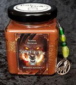 Rotkäppchen-Duftkerze mit Sandelholzaroma