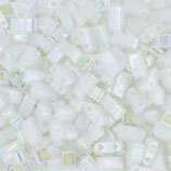 Half Tila Beads  (HTL471)2,5x5mm Bianco Perla Opaque AB