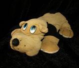 alter Hund aus Nicki liegend  hellbraun beige 40 cm