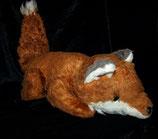 alter Fuchs liegend  80er Jahre  40 cm