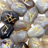 Runenstein Set in Beutel - grauer Achat