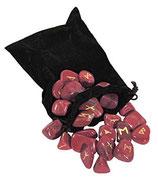 Runenset: Edelstein Jaspis Rot mit Beutel