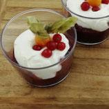 Rote Grütze mit Vanilleesauce