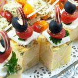 Spanische Tortilla mit Schafskäse und Oliven