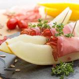 Melonenschiffchen mit Serano-Schinken