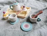 Tee-Set aus Holz
