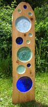 Holz-Stele mit Glas-Einsätzen
