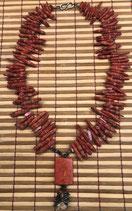 Schaumkorallenkette - Amulett