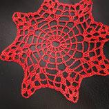 Häkeldeckchen, Rot mit Goldlurex, Durchmesser ca. 14 cm