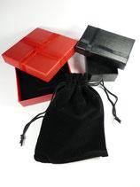 Pour 1 bijou / Supplément emballage boite et pochette velours pour un bijoux acheté (couleur variable)