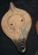 6.3 Lucerna paleocristiana con paloma