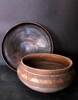 4.1 Cerámica tartésica, vaso cerrado con geométricos pintados