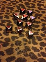ピラミッドスタッド10個