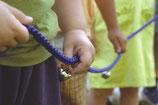 Cuerda de guardería con cascabeles