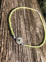 Halskette mit Echtperlen und Silberblüte