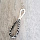 Schlüsselanhänger weiß-schwarz