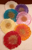 Resin Chakra Set Untersetzerli 7 Stk. in den Chakrafarben mit Blume des Lebens Aufkleber