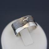 """Ring """"Möwe"""" aus sulfiertem 925-Sterlingsilber"""