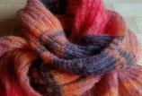 Flauschig-leicht: Schal aus Mohair und Seide