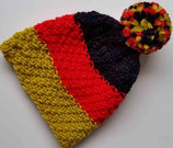 Warme Winter-Mütze in schwarz-rot-gold