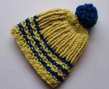 Mütze mit Wollbommel