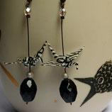 Boucles d'oreilles Grues en origami  noires et blanches.