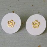 Boucles d'oreille fleur de cerisier dorées