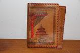 Portemonnaie braun mit asiatischem Tempelmotiv Leder