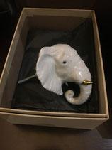 Bouton éléphant blanc, défenses dorées