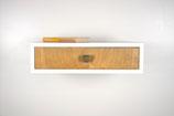 Wandkonsole mit altem Schubladen