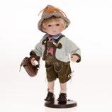 Porzellan-Trachtenpuppe Junge, 30 cm, Holzständer