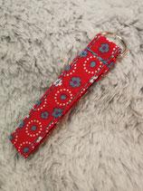 Schlüsselanhänger Blumenmuster rot/blau/weiß