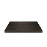 Piano quadrato in nobilitato con anima in truciolare, rivestito in  foglio melamminico che simula il legno wengè. Il piano misura: 70x70