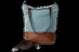 Schultertasche / Shopper - Lichtblau und Leder