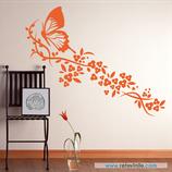 Animales - Mariposa sobre guirnalda de flores