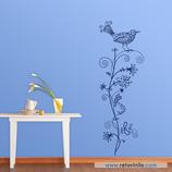 Animales - Pájaro y planta dibujados a mano