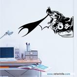Personajes / Cómic / Batman sobre gargola