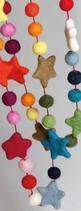 guirlande feutre boules et étoiles multicolore, Hatale