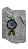 """Porte-clés """"attrape-rêves"""" vert/perles/laines"""