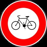 """B9b """"Accès interdit aux vélos"""""""