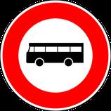 """B9f """"Accès interdit aux véhicules de transport en commun de personnes"""""""