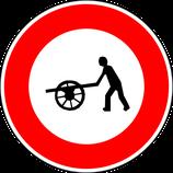 """B9e """"Accès interdit aux charrettes à bras"""""""