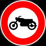 """B9h """"Accès interdit aux motocyclettes et motocyclettes légères"""""""