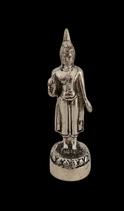 Montags Buddha Statue