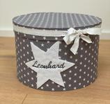 personalisierte Erinnerungsbox Leonhard, graue Dekobox mit Filzstern, Namensbox zur Geburt