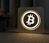 Bitcoin Lampe in Holzoptik