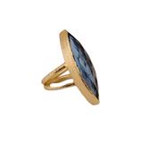 """Eleganter Ring mit einem hellblauen Quarz """"MARQUISE"""""""