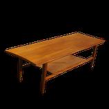 Table basse avec étagère