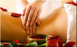 Ganzkörper- Öl- Massage